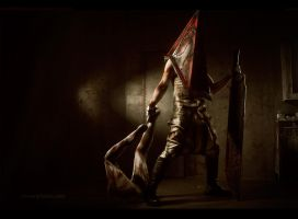 Silent Hill 2 - PyramidHead and his prey by Aoki-Lifestream