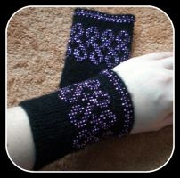 Wrist Wormers by my-craftmania