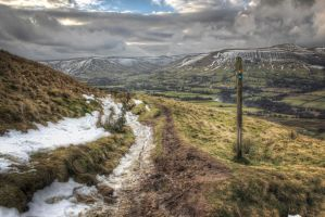 Mam Tor Descent by ChrisDonohoe