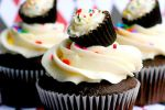 Chocolate Cupcakes!! by Javiscupcakes