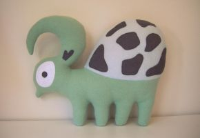 Green Turtle Plushie by vannesdesigns