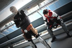 Red Hood cosplay -partnership of convenience by Tenraii