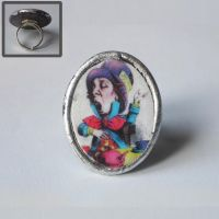 Mad Hatter ring by Octobralia