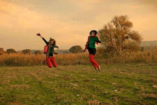 JUMP........aylin and me by brooze