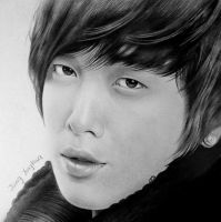 Jung Yonghwa by thanhphucluong