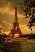 Tour Eiffel by jerishoots