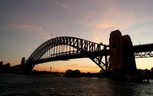 Sydney Harbour Bridge by youngbeth