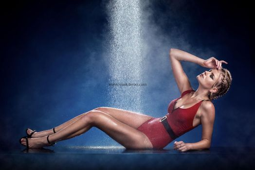Watershoot mark de roo fashion by MarkdeRooPhotography