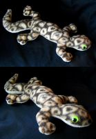 Plush Gecko by viergacht
