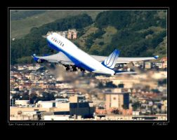 UAL 747-400 by jdmimages