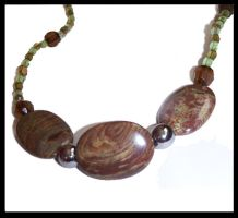 brown and green - necklace by Amelia-art