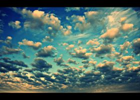Clouds... by Csipesz