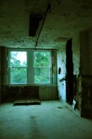 Waverly Hills Patient Room 8 by HodkinsonPhotos