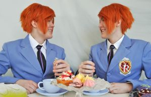 Ouran Twins Cosplay - Smile by Kozekito