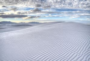 White Sands National Monument by pacmangeek