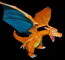 Charizard Papercraft by KingHyren