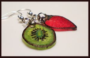 Kiwi Strawberry - Earrings by KateSkirmish