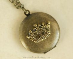 Crown Locket - Necklace by MonsterBrandCrafts