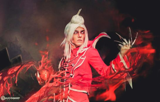 Vladimir League of Legends cosplay by thynz