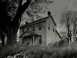 A dark haunting... by wolfcreek50