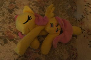 Sleeping Fluttershy by LordBoop