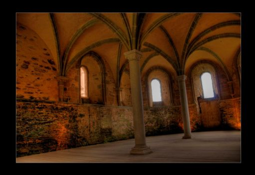 HDR Crypt by GeckoHippy