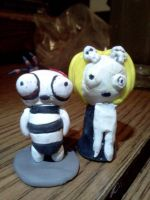 Lenore: Ragamuffin and Lenore by Spaz-Twitch11-15-10