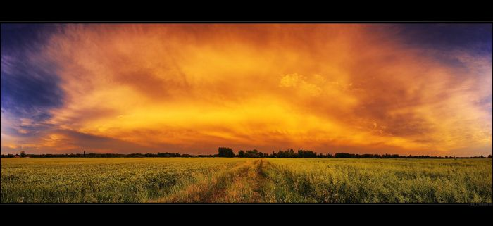 Hungarian skies pt.CX. by realityDream