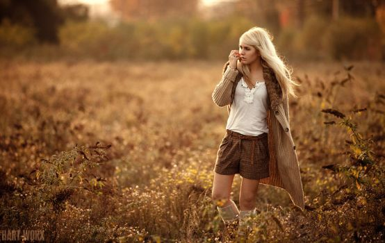It's time for autumn V by Hart-Worx