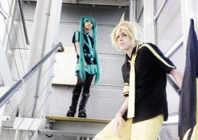 ELR Miku and Len: Earnest love, that is sin by TheKeiMan