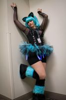 rave girl by ghousel