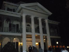 Haunted Mansion by Tinkerbell0522