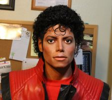 Lifesize 1/1 Michael Jackson Thriller statue/bust by godaiking