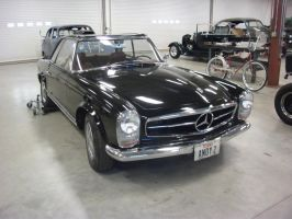 Mercedes 230 SL in class by vash68