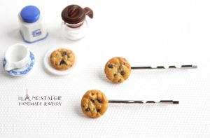 Chocolate Chip Cookies Hairpin Food Accessory by LaNostalgie05