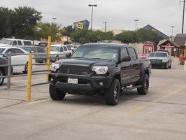 2012 Toyota Tacoma TRD by TR0LLHAMMEREN