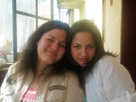 Me AND My sis by Fiarrella