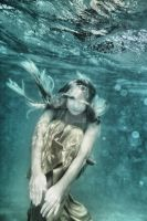 Woman underwater by MotHaiBaPhoto
