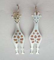 Giraffs with Enamel by luthienancalime