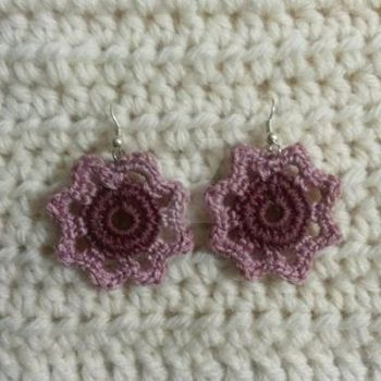 Antique Mauve Flower Crochet Earrings by RedVelvetsCrafts