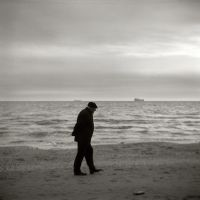 Walk by the Sea by I-am-Gyperion