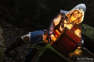 Treasure Light- Edward AC IV Cosplay by Leon Chiro by LeonChiroCosplayArt