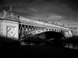Crown Point Bridge by GaryTaffinder