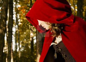 Red  Ridding Hood by Julie-Chantal