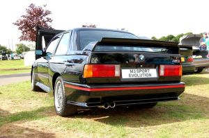 BMW E30 M3 2 by shaggly
