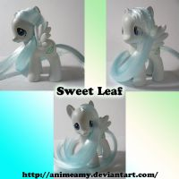 Sweet Leaf Pony by AnimeAmy