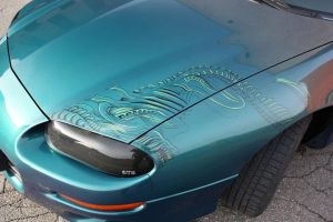 Alien on camaro by Bephza
