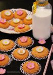 Butter Cookies w/ Spring Fondant Flowers by theresahelmer
