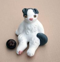 Pancake sitting cat sculpture by SculpyPups
