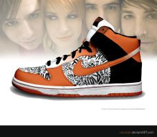Paramore Riot  Dunk HI by ciscotjuh